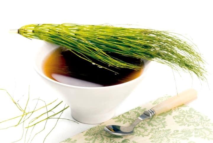 9 remédios naturais para a retenção de líquidos